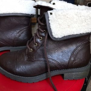 Women's brown leather lace up boots NWOT!
